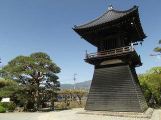 130503_0922_泉龍院の三色藤(豊丘村)