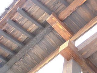 100504_1340_修復工事後の松代藩家老・矢沢家の表門(長野市松代町)