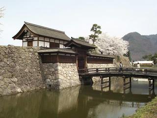 150412_1125_松代城跡に咲く満開のソメイヨシノ(長野市松代町)