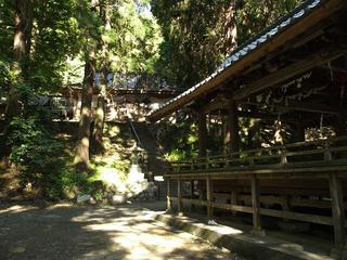 150530_0738_武田八幡神社・舞殿(山梨県韮崎市)