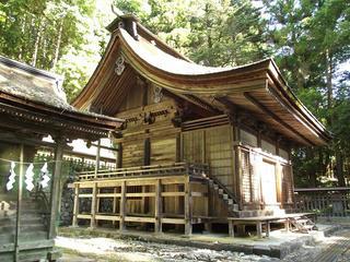 150530_0742_武田八幡神社・本殿(山梨県韮崎市)