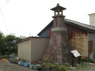 150818_1354_万灯台(富山県魚津市)