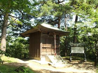 140720_0922_春日山城跡・毘沙門堂(新潟県上越市)