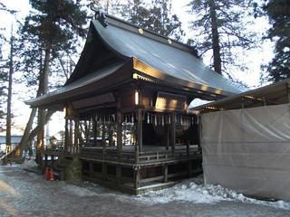 160211_0724_諏訪大社上社本宮・神楽殿(諏訪市)