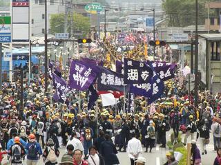 160503_1051_諏訪大社上社御柱祭「里曳き」(下馬橋)