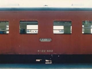850730_帯広駅に停車する士幌線の気動車(北海道帯広市)