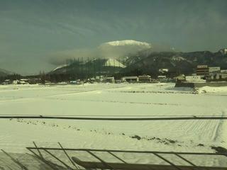 170118_0948_東海道新幹線・伊吹山