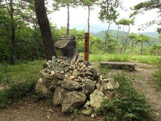 170820_1209_地附山山頂(長野市)