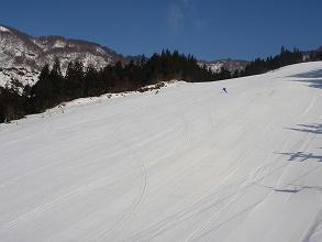 八海山スキー場中斜面