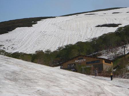 月山スキー場全景