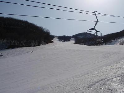 高畑スキー場下部正面の中斜面
