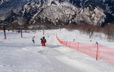 奥只見丸山スキー場_カモシカAコース上部