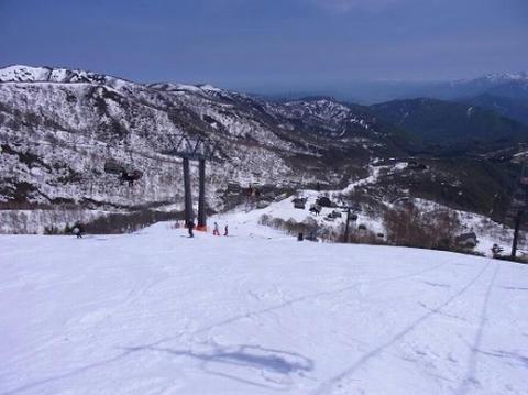 かぐらスキー場 メインゲレンデ上部