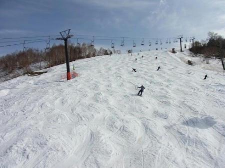 かぐらスキー場 メインゲレンデ 午後の状態