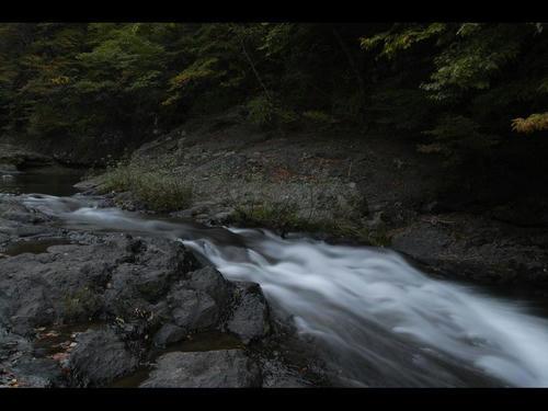 真野川渓谷、秋景色