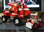 LEGO赤い車2。