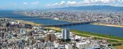大阪湾に注ぐ淀川