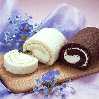 純白ロールとショコラロールセット