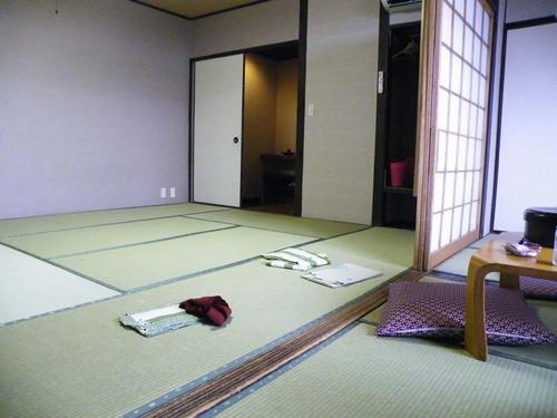 y_room1.jpg