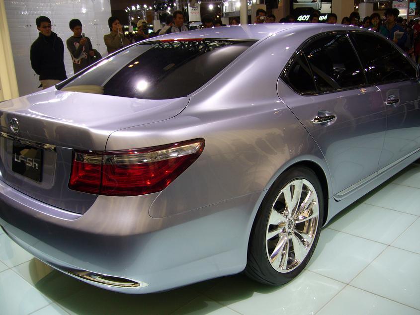 レクサス・コンセプトカー(2005年名古屋モーターショーにて)
