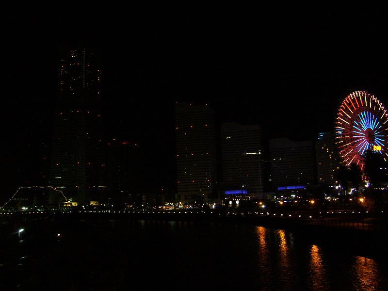 万国橋から見た、みなとみらいの夜景