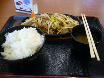 スタミナ焼肉定食(笑)