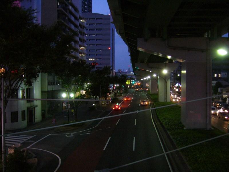 丸田町方面を望む(夜)