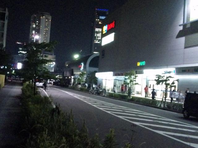 総選挙生中継が終わり、109シネマズ名古屋を後に帰宅する(笑)
