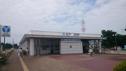 下飯田駅舎