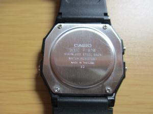 CASIO F-91W 裏面