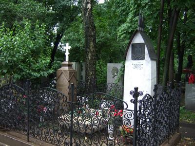 チェーホフの墓