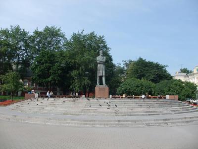 レーニン像