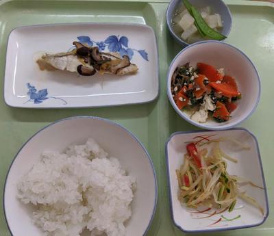 入院3日目の昼食