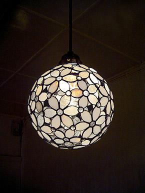 花球体吊りランプ05