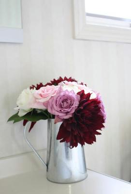 dali_roses.jpg