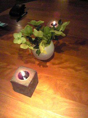 candles_whvase.jpg