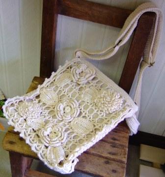 モチーフ編みショルダーバッグ