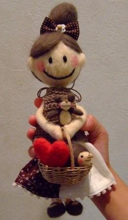 フェルト人形のカケラちゃん