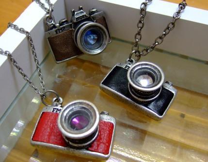 カメラネックレス