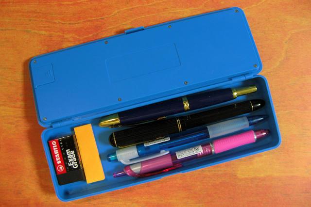 電卓ペンケース3