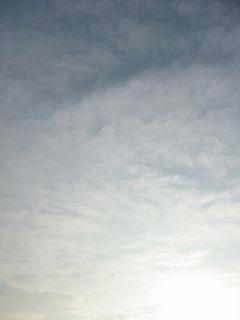 8月4日朝5時50分の空
