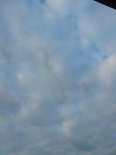 10月11日朝6時ごろの空02