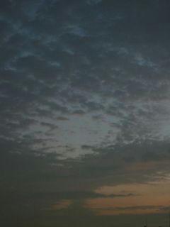 11月1日朝5時半ごろの空02