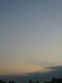 11月17日朝6時ごろの空02