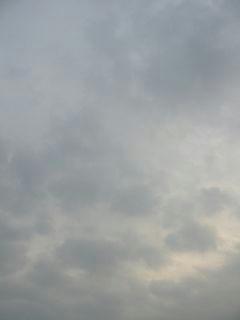 3月19日朝7時ごろの空01