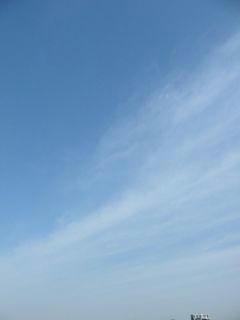 3月23日朝9時ごろの空02