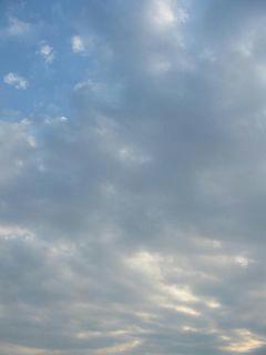 3月27日朝7時ごろの空01