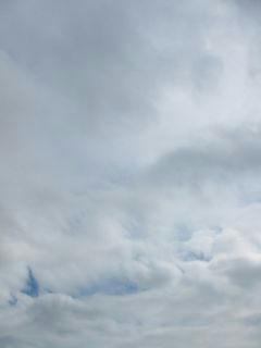 4月20日朝9時ごろの空01