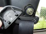 Z32 上側シートベルトアンカーカバー取り外し 写真(その2)