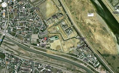 日野高校は近くに民家がない